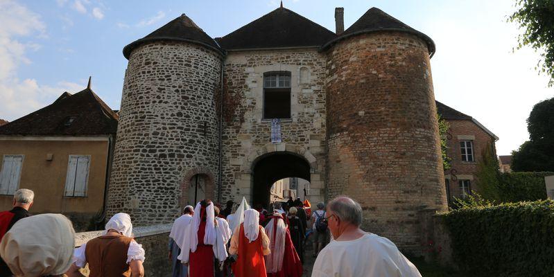 Ervy le Châtel - la porte St Nicolas