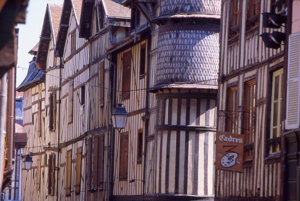Troyes und seine kirchen site officiel du tourisme en champagne ardenne - Troyes office de tourisme ...