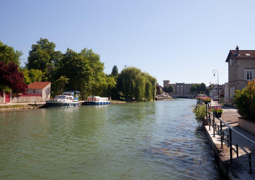 Motorradtrip : Entlang dem Bourgognekanal